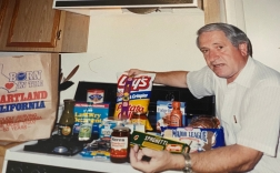 Opa and his groceries